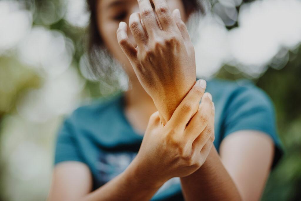 hur börjar reumatism